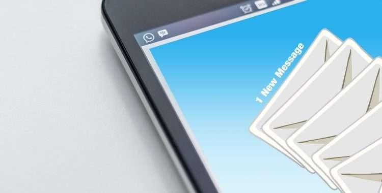 Trabajador despedido por reenviar emails de su empresa a su cuenta